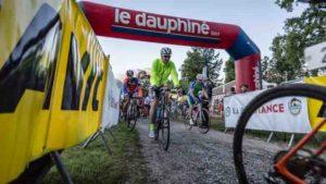 La RŽsistance 2016 est la premire Ždition de la toute nouvelle course cycliste de type Gravel. Une course qui sort des sentiers battus au dŽpart et ˆ l'arrivŽe de Talloires avec, au programme, le Col Hors CatŽgorie de l'Arpettaz, la Route de la Soif, le Col des Aravis, le Mur et le plateau des Glires.