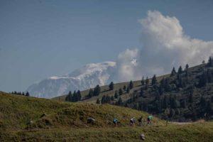 La Résistance 2016 est la première édition de la toute nouvelle course cycliste de type Gravel. Une course qui sort des sentiers battus au départ et à l'arrivée de Talloires avec, au programme, le Col Hors Catégorie de l'Arpettaz, la Route de la Soif, le Col des Aravis, le Mur et le plateau des Glières.